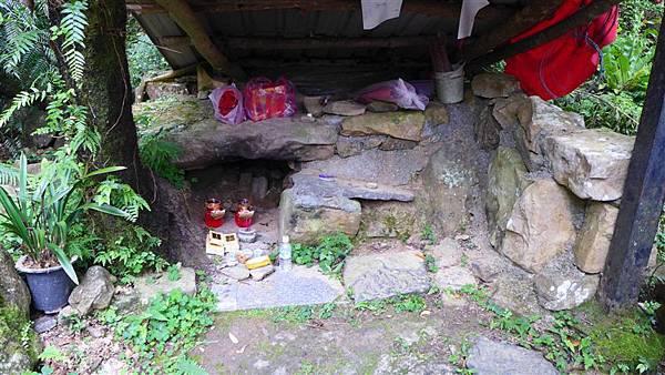照片 019-山神廟.jpg