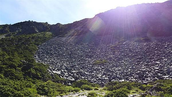 照片 224-大片石瀑.jpg