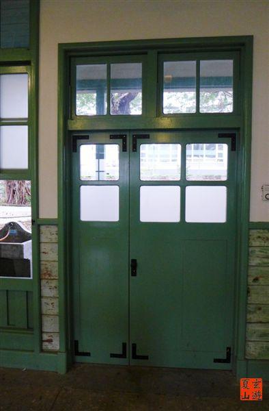 照片 178-藍綠色木門.jpg