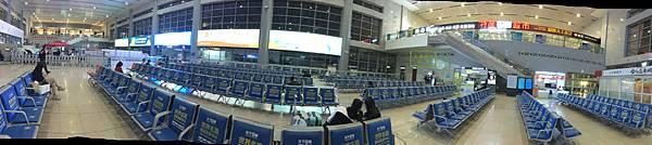 IMG_2571 棗莊高鐵站.JPG