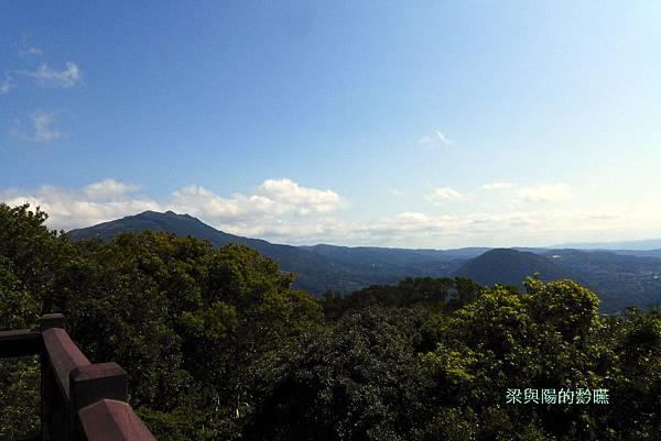 P1160868-七星 紗帽山(東%26;東南方).JPG