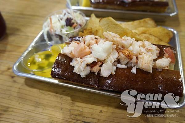 New England Lobster Market %26; Eatery-7.jpg