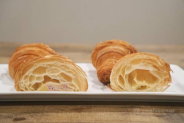 croissant-4 copy.jpg