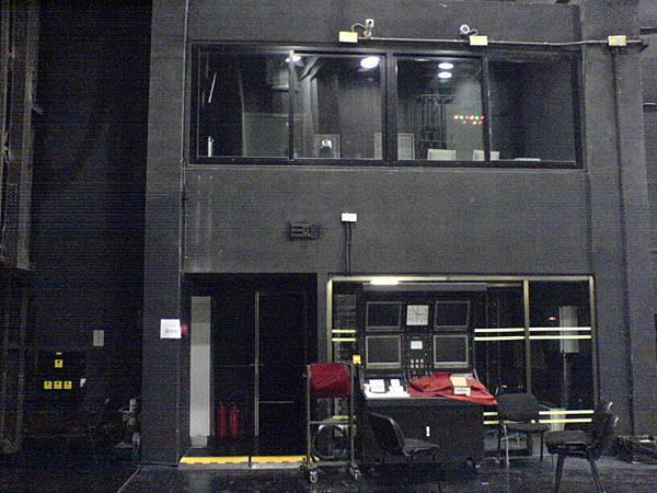 舞監桌及懸吊控制室.JPG