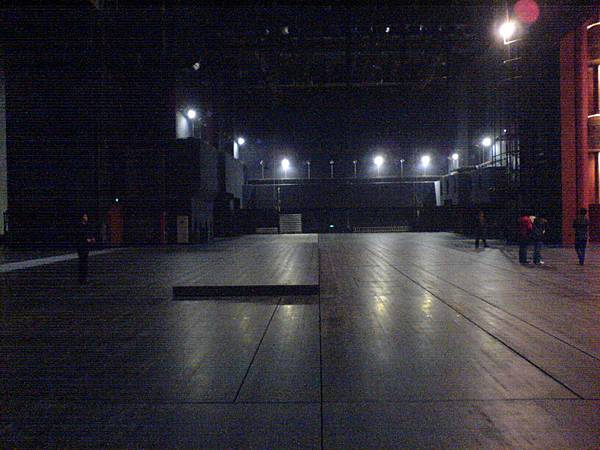 蘇科藝文大劇院側台及舞台.JPG