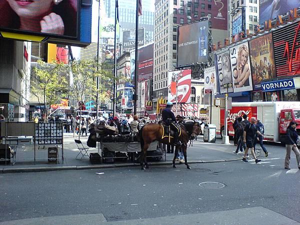 紐約騎警.JPG
