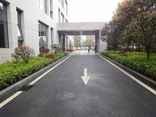長沙人民大會堂卸車車道.JPG