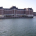 豪斯登堡的船往飯店拍