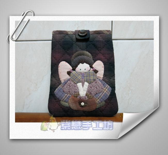 提包天使娃娃~手機袋1.jpg