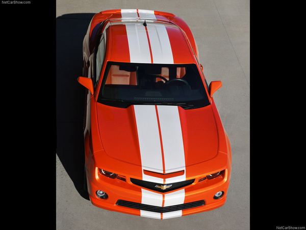 Chevrolet-Camaro_SS_Indy_500_Pace_Car_2010_1024x768_wallpaper_0b.jpg