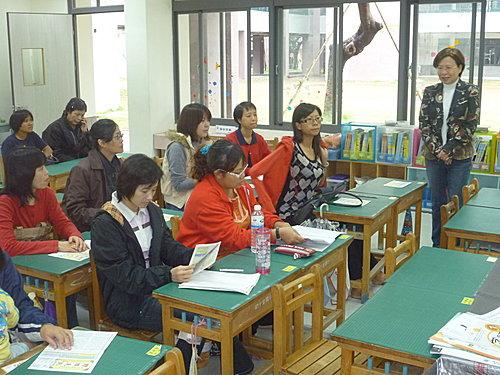 振才幼稚園老師來訪2.JPG