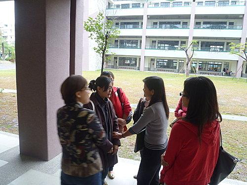 振才幼稚園老師來訪1.JPG