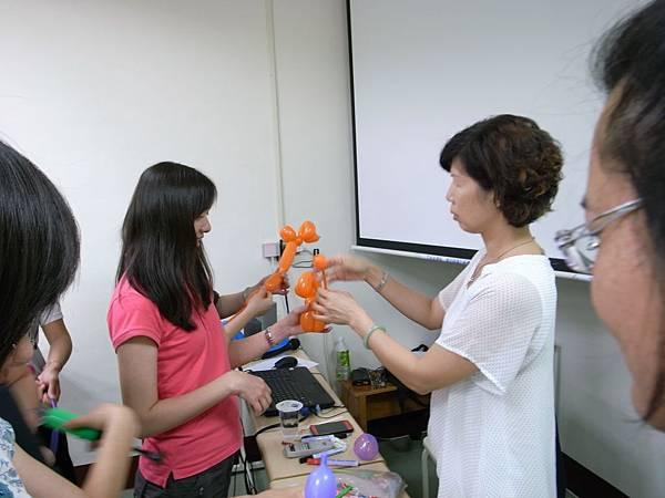 兒童遊戲與休閒_陳瓊如校長.JPG