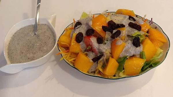 健康蔬食芒果沙拉.jpg