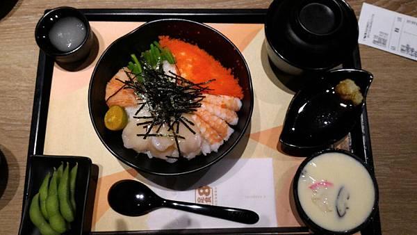 2015嚐鮮-定食8-干貝鮮蝦丼定食_4327.jpg