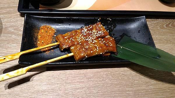 2015嚐鮮-定食8-蒲燒鰻魚串_329.jpg