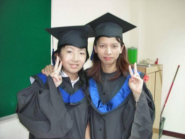 和同學(大姊)合拍的照片