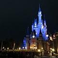 夜晚的城堡
