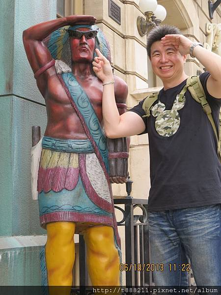 (文用)戴墨鏡的印第安人.jpg