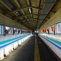 青森駅中的天橋