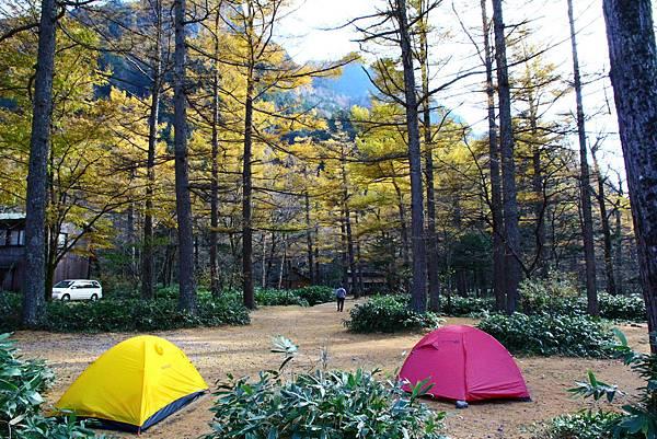 途中的露營地