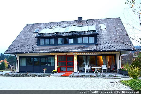 10/27 Gäste- und Ferienhaus Baur