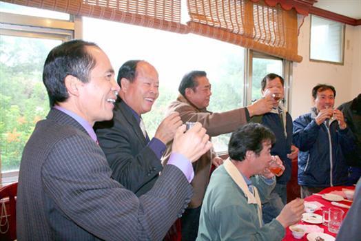 2010-03-10省府團隊跨海與烈嶼環保人員聯誼