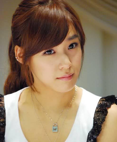 Tiffany23