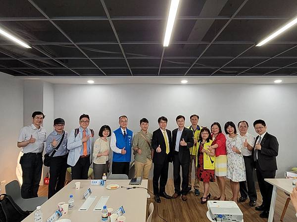 1100422台北市家長會長協會參訪-2_210423_72