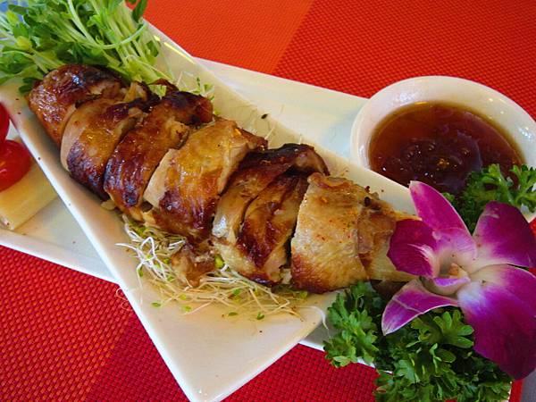 蔗香雞肉捲 佐梅子醬