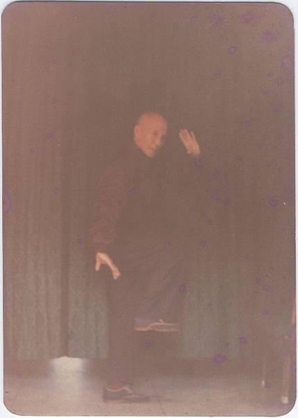 杜毓澤宗師81歲演示陳氏太極拳翻花舞袖之英姿