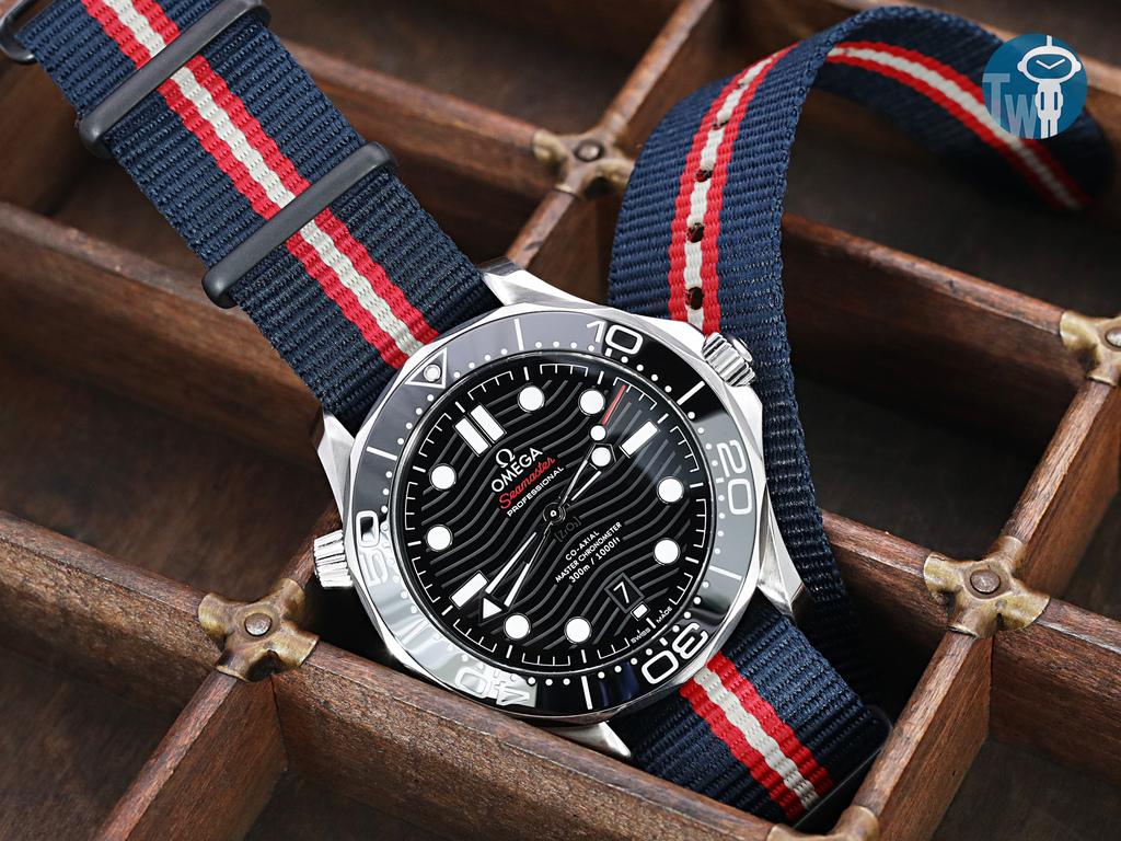 strapcode-watch-bands-W_20A20DZZ00N2P20_Omega-Seamaster-300m-21030.jpg