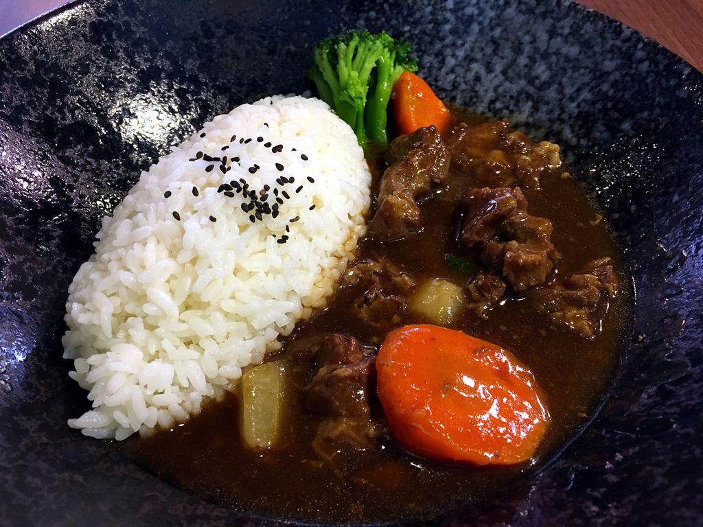 紅燒豬腩飯