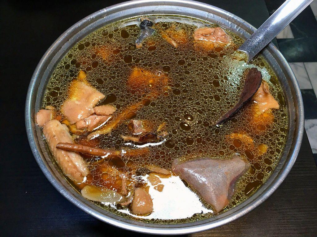 何首烏養生雞湯
