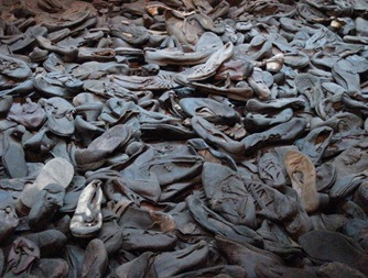 Holocaust Museum room of shoes[5]