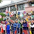 創意開學 崇和學童大秀竹馬舞