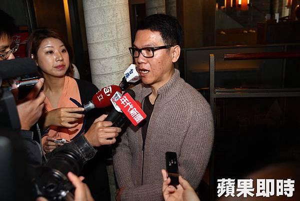 鼎王集團執行長陳世明澄清。李明憲攝