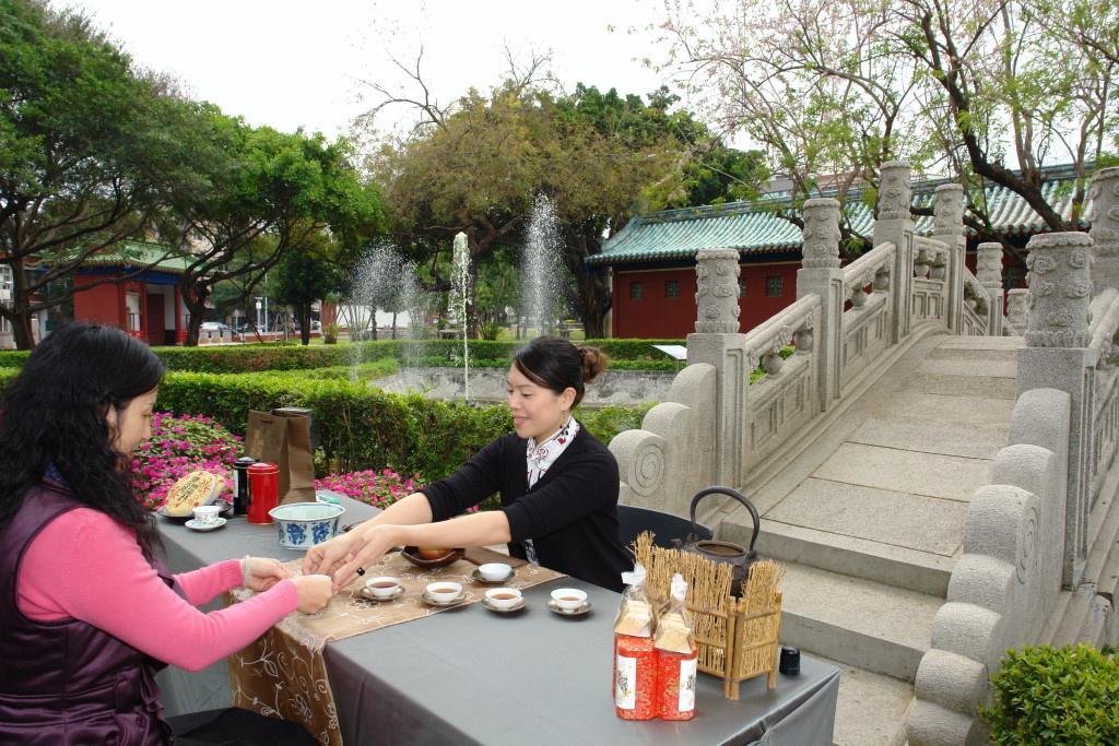 府城春日茶會已變成台南市聞名全台的傳統茶會。