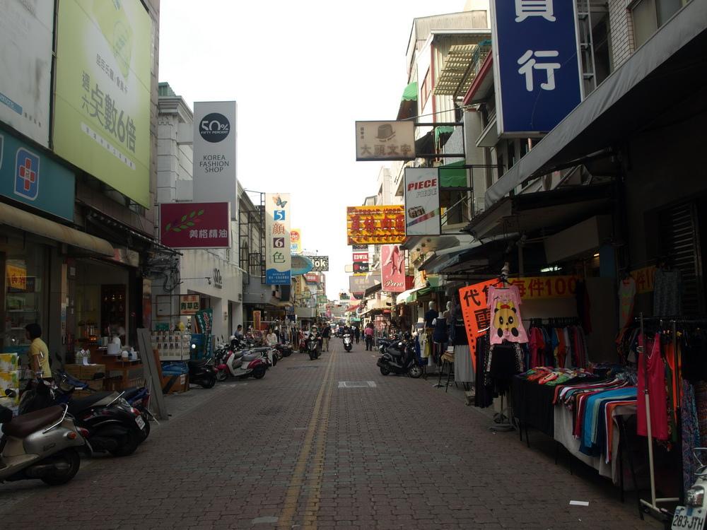 台南商圈串連 假日徒步區登場