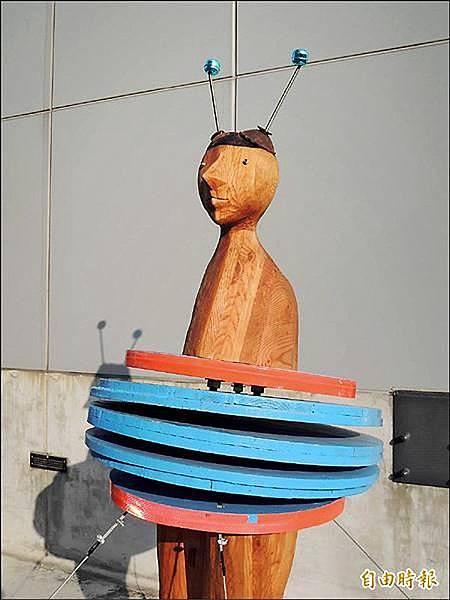 海安路《街道上的二十七位漫遊者》環境藝術作品之一。