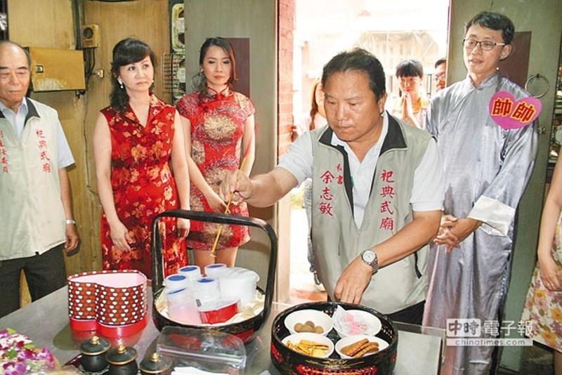 看上台南四大月老姻緣蜜粉,知名網購站尋求合作。