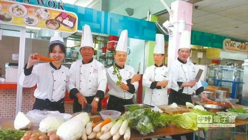 台南小吃 新加坡春浪受歡迎