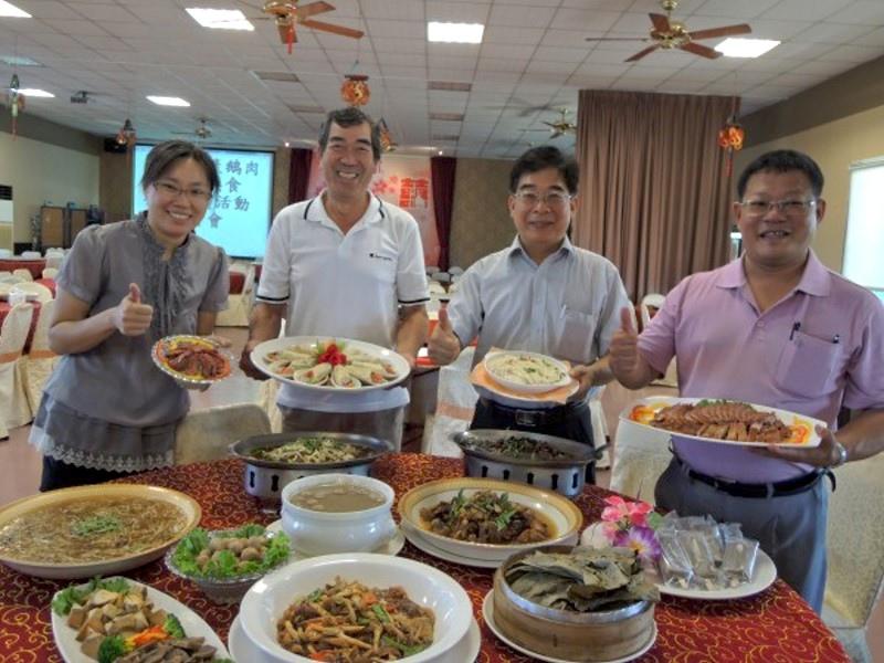 下營三寶千人美食饗宴,結合鵝肉、黑豆、椹桑料理的特色餐點,限量百桌。