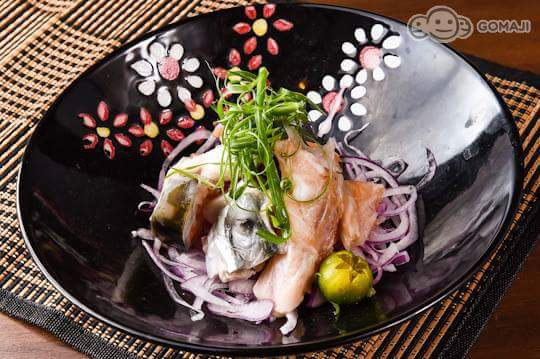 胡麻鮭魚煮
