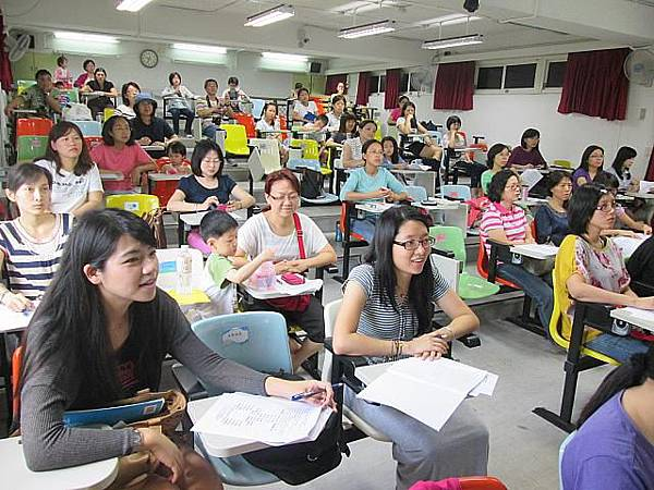 假日親職講座~用有聲書輕鬆培養英語學習力102.11.9
