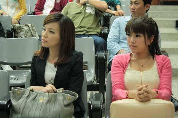 nEO_IMG_20100604_逢甲大學校園開麥拉講座照片_24.jpg
