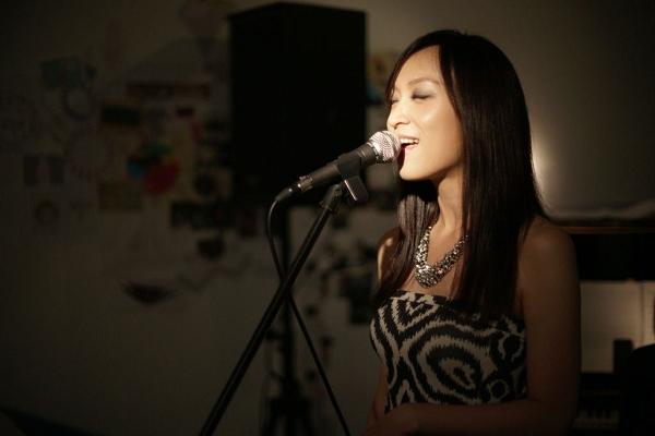 史茵茵將在行動巨蛋演唱充滿爵士風情的聖誕歌曲
