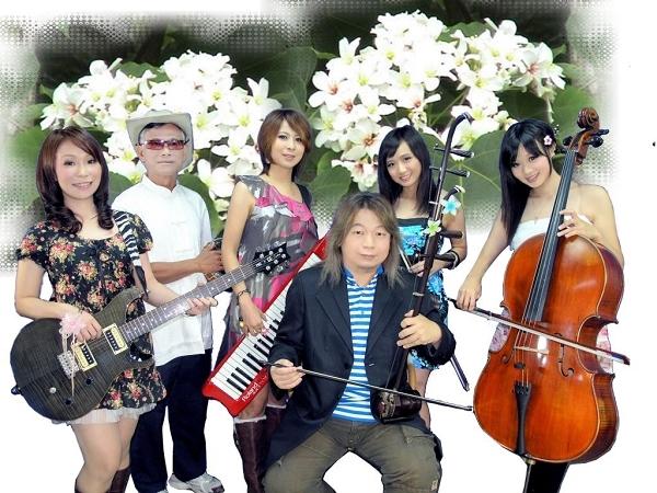 溫金龍墨客樂團