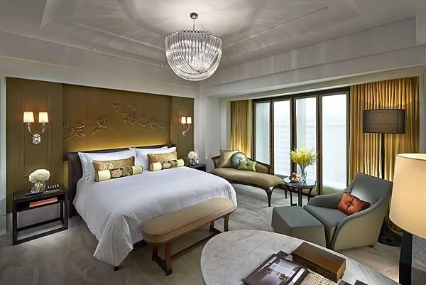 2016-MOTPE Deluxe King Bedroom 豪華客房臥室.jpg