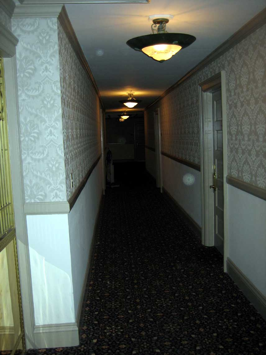 Stanley_Hotel_Ghosts_.jpg